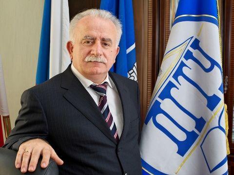 Флаг ДГТУ выполнен в цветах государства Израиль. Фото: forumrostov.ru
