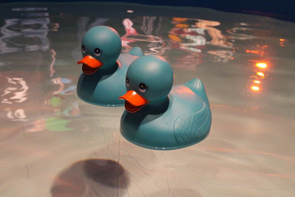 Какие бывают игрушки для купания