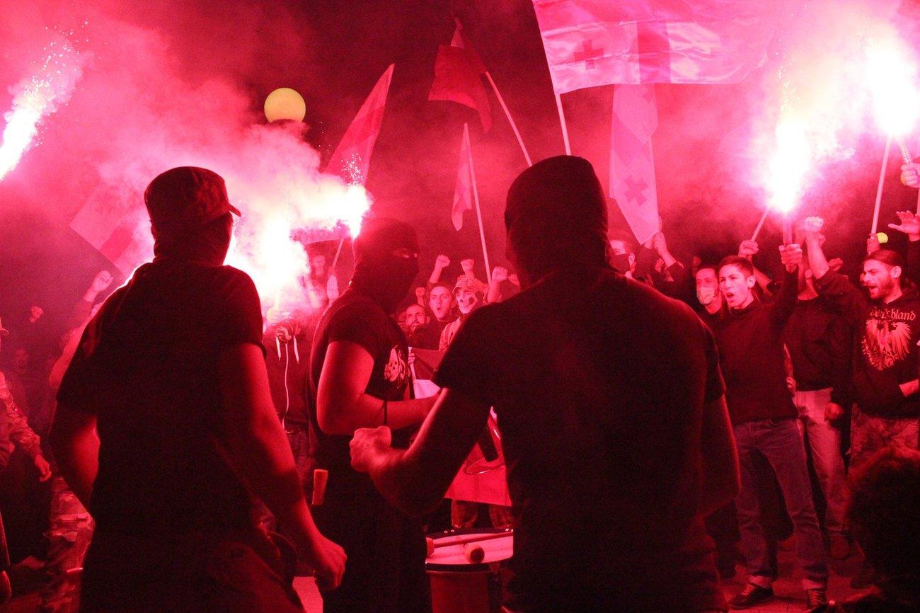 Грузинские националисты устроили погром вцентре Тбилиси