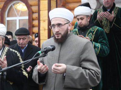 Молитва муфтия Татарстана против административного ресурса Москвы