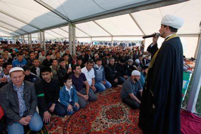 Мусульмане Москвы молились о разрешении на строительство мечетей