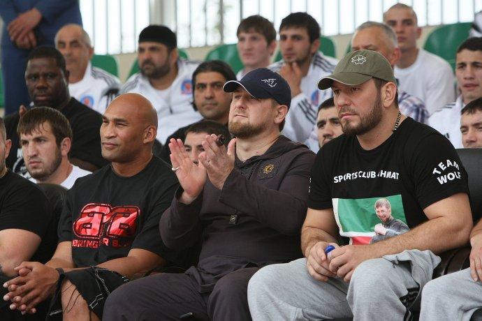 Рамзан Кадыров прослыл большим любителем футбола