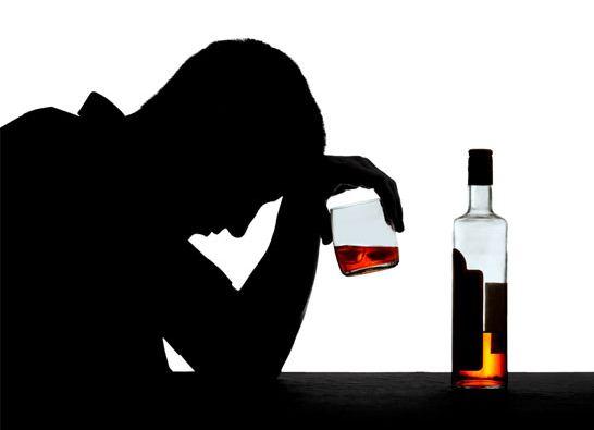 Американские ученые считают маленькие порции алкоголя опасными для здоровья