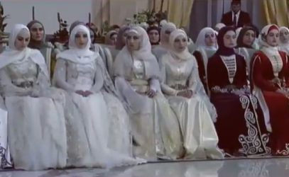 Кадыров предстал перед красавицами в неожиданном образе (ВИДЕО)