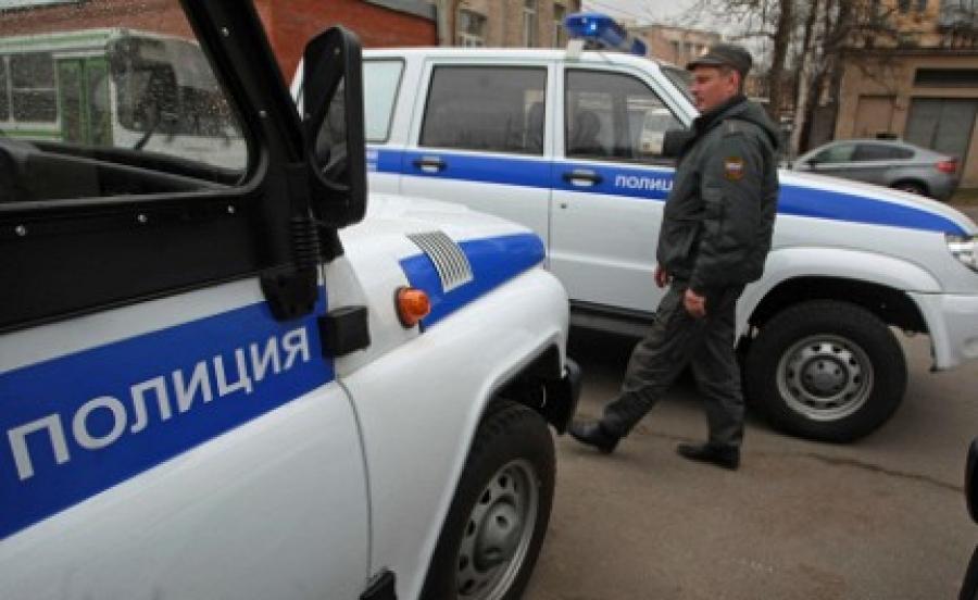 Два мигранта безуспешно выпрыгнули вокно московского суда, услышав овыдворении