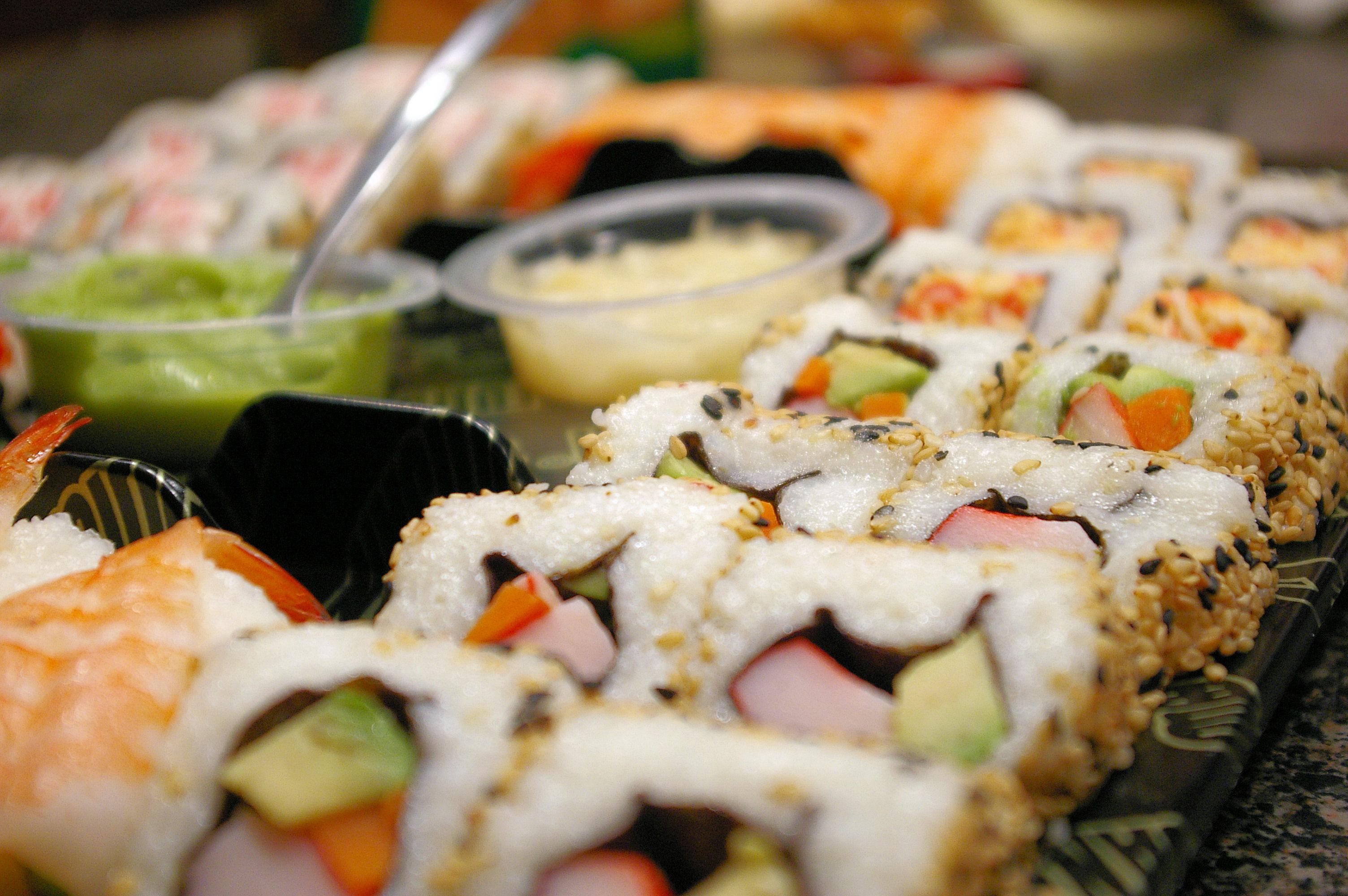 Как заказать доставку суши в Пензе к себе домой?