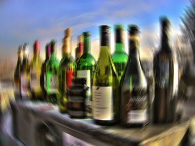 Особенности реабилитации от алкогольной и наркотической зависимости
