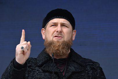 Кадыров обратился к шариатским судьям и шейхам