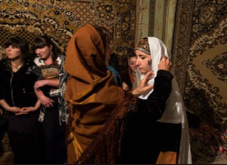 «Обработка» похищенной невесты родственниками жениха