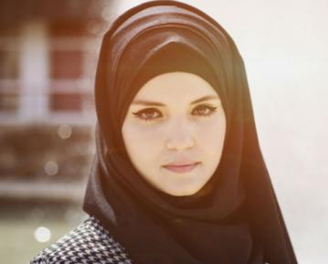 Сорвавшим хиджаб с мусульманки светит суровая кара