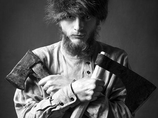 Обучение рукопашному бою с использованием холодного оружия получило распространение в православных военно-патриотических клубах. Фото: