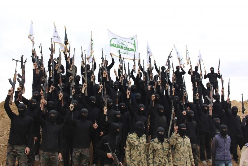 Сирийскии группировки продолжат служить интересам Запада