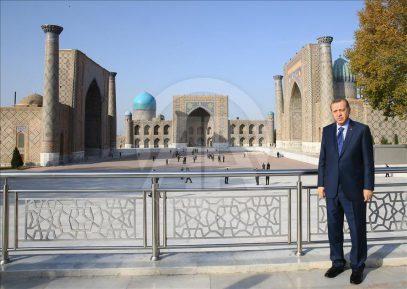 Президент Турции совершил пятничный намаз в Самарканде