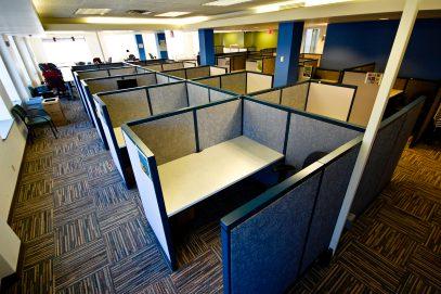 Основные плюсы зонирования пространства посредством офисных перегородок