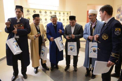 Первое посещение узбекской делегации Урала