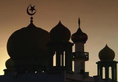 Власти мусульманской страны обязали 15000 мечетей измениться – как?