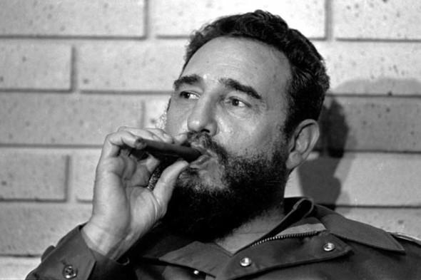 На91-м году жизни скончался Фидель Кастро