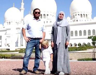 Эмиратский друг Прокловой прокомментировал шумиху вокруг принятия звездой ислама