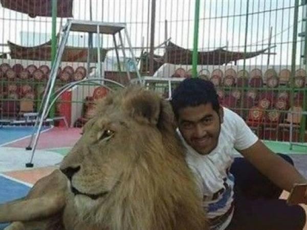 Лев напал надрессировщика прямо наглазах удетей