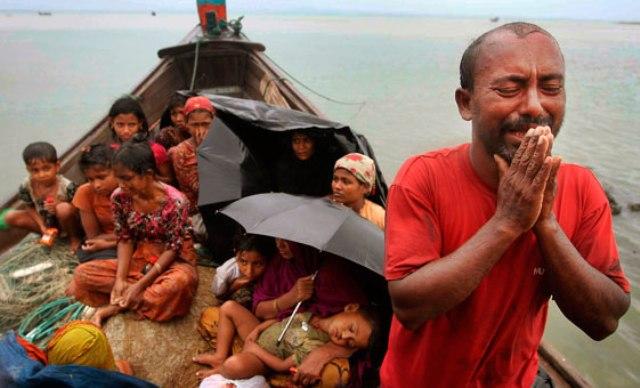 Мусульмане Мьянмы вынуждены бежать с родной земли, спасаясь от насилия со стороны религиозных фанатиков