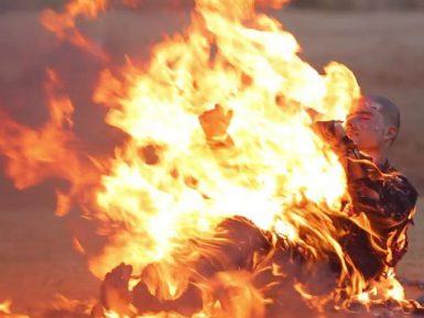 Игиловцы сняли на видео сожжение заживо турецких солдат