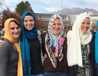 Студентки церковного вуза устроили шок по-исламски