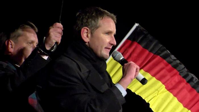 Новый рейх. Антимигрантская истерия в Германии трансформируется в антиеврейскую