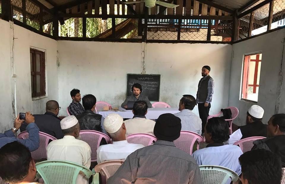 Мурад Мусаев встречается с мусульманами рохинья
