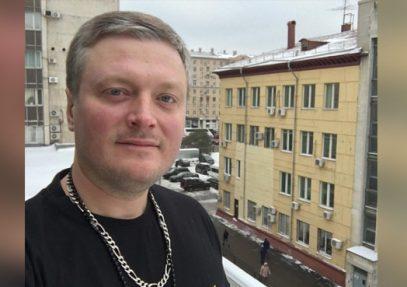 Москвич переплюнул уроженца Дагестана устрашающим шоу с Калашниковым