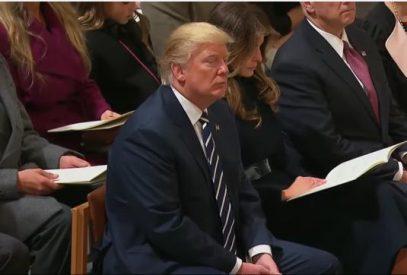 Трамп прослушал чтение Корана (ВИДЕО)