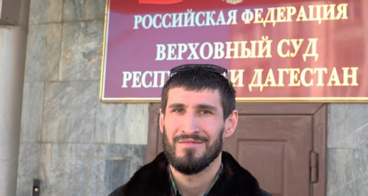 Даниял Ахласов устал от докучливых полицейских