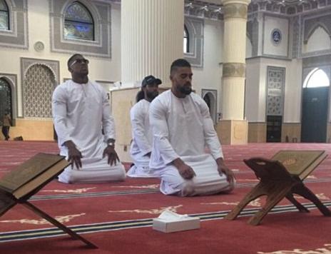 Знаменитый боксер задумался над принятием ислама – чем это обернулось?