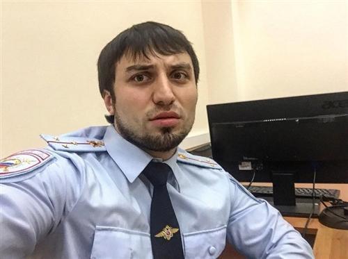 Полицейский изнашумевшего скандального кортежа в столице уволен изМВД