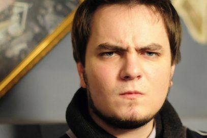 Блогер Илья Мэддисон, которого разыскивает ИГИЛ, экстренно бежал из России