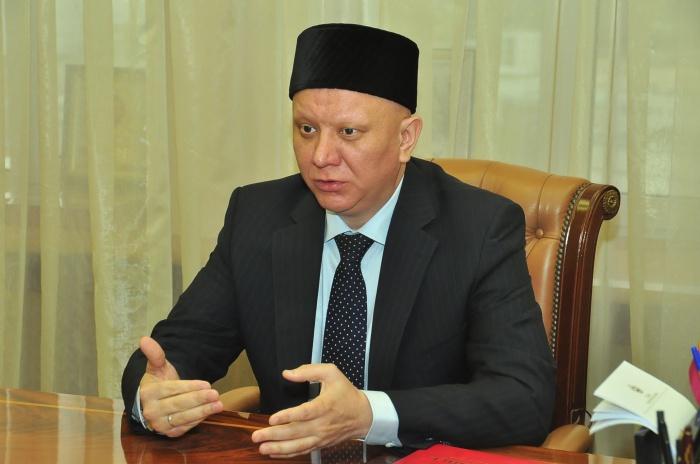 Член Общественной палаты РФ, муфтий Альбир Крганов одним из первых выступил в защиту права мусульманок на хиджаб