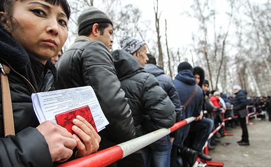 МВД ужесточит меры вотношении трудовых мигрантов