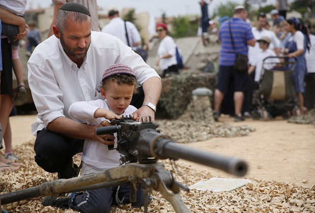 Израильский парламент утвердил закон олегализации незаконных поселений