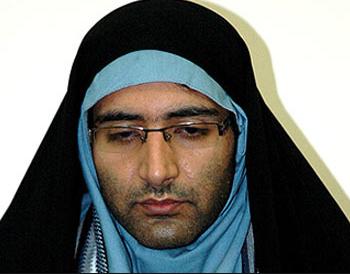 Мужчины тоже примеряли хиджаб из солидарности с мусульманками, но в нашем случае раввин - женщина