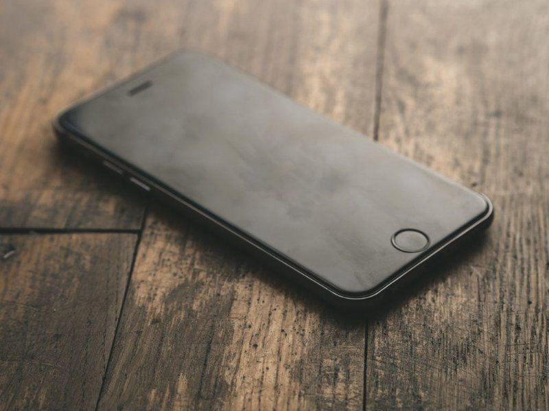 Чехлы на Айфон 7 как лучшая защита телефона от царапин, трещин и тому подобного