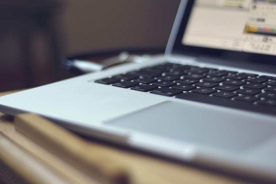 Почему необходимо ремонтировать ноутбуки только в сервисных центрах?