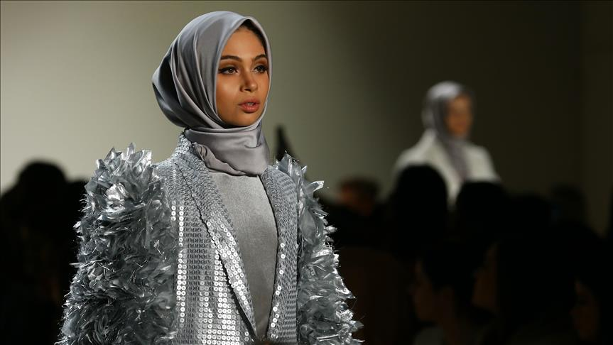 В Нью-Йорке аплодировали дизайнеру хиджабов