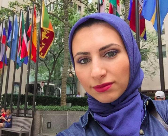 Многодетная мать в хиджабепройдет экстремальное испытание ради довольства Аллаха