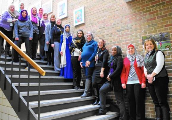 «Кошмарный сон» директора школы: весь педсостав явился в хиджабах