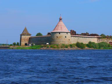 Интересная и познавательная экскурсия в крепость Орешек