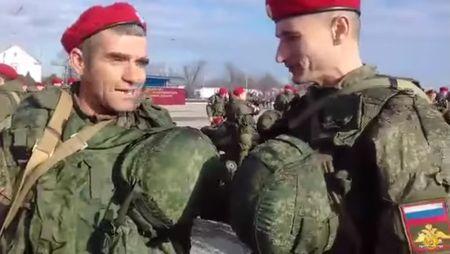 Российские военные на страже порядка в Сирии