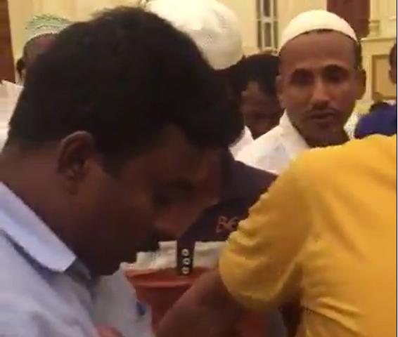 Принятие ислама индуистом всколыхнуло соцсети (ВИДЕО)
