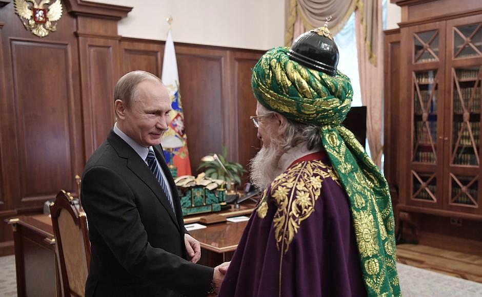 Путин встретился с Таджуддином