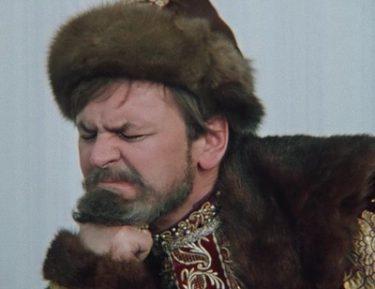 Россияне выразили свое отношение к возрождению царизма