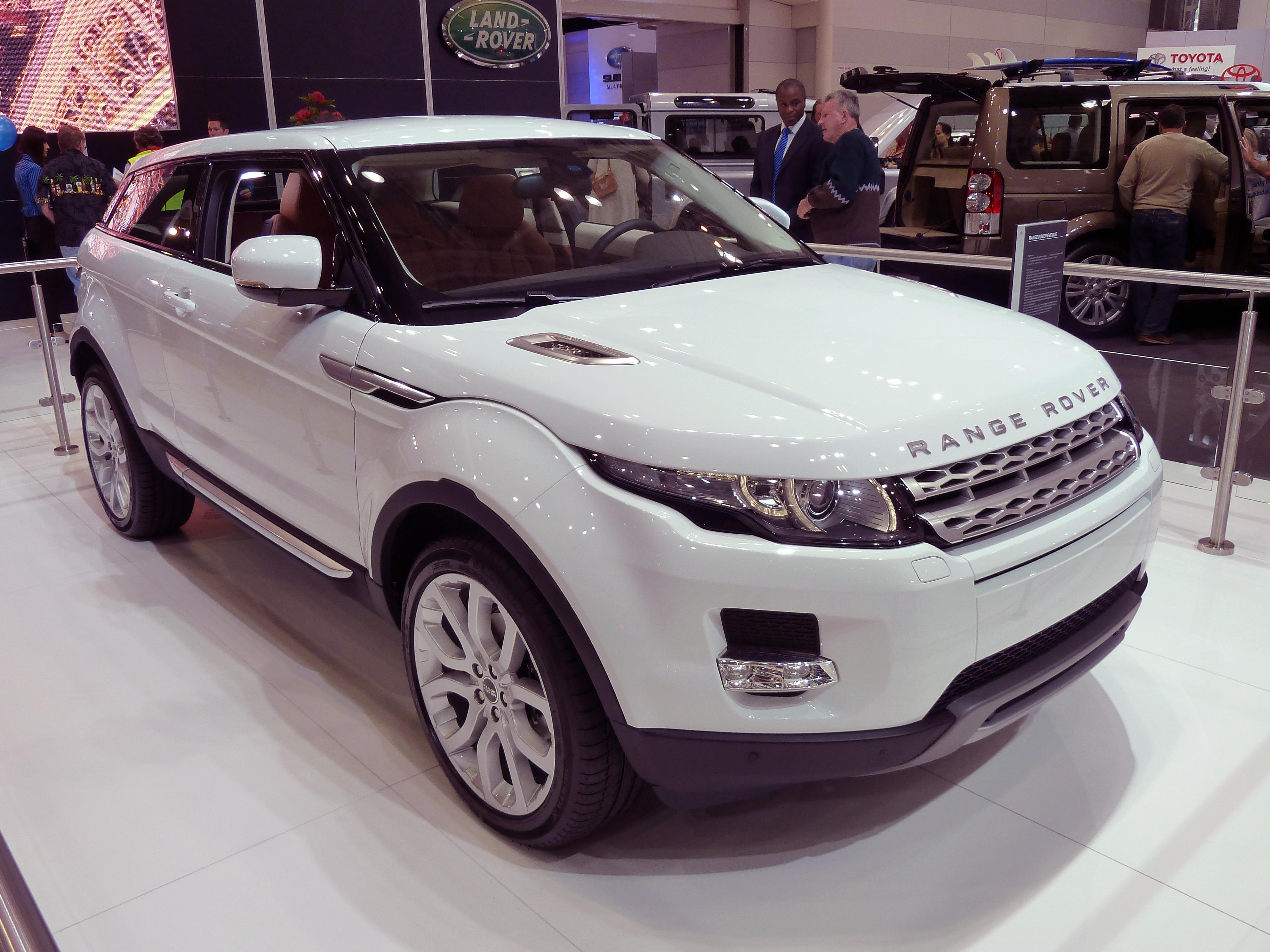 Стильные и классные внедорожники от английского бренда «Land Rover»