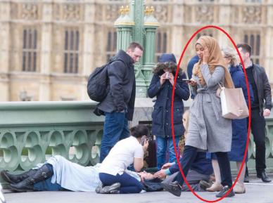 Девушка в хиджабе, идущая мимо жертв теракта в Лондоне, стала объектом ярости в соцсетях